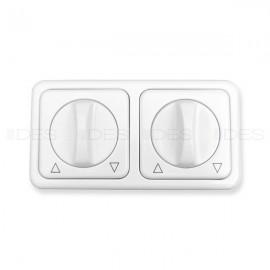 Obrotowy przełącznik do rolet w jednej ramce